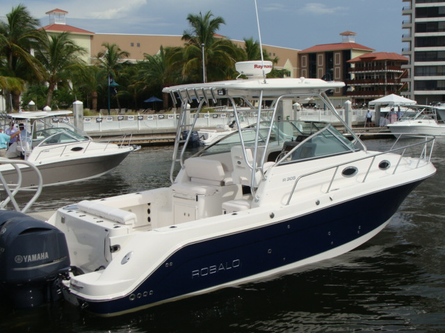 latest 09 boat. models! Robalo 2009 Dealer's Meeting Click on the photo to ...